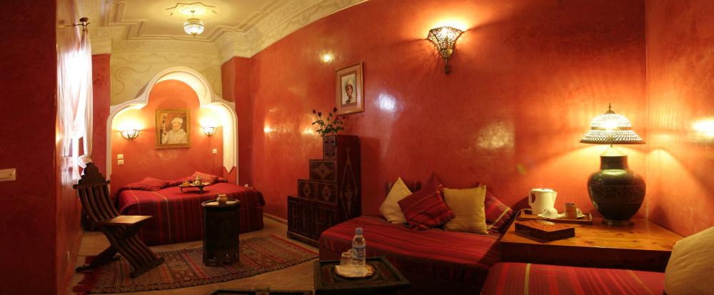 Riad hotel essaouira dar loulema chambre marrakech - Couleur ocre rouge ...